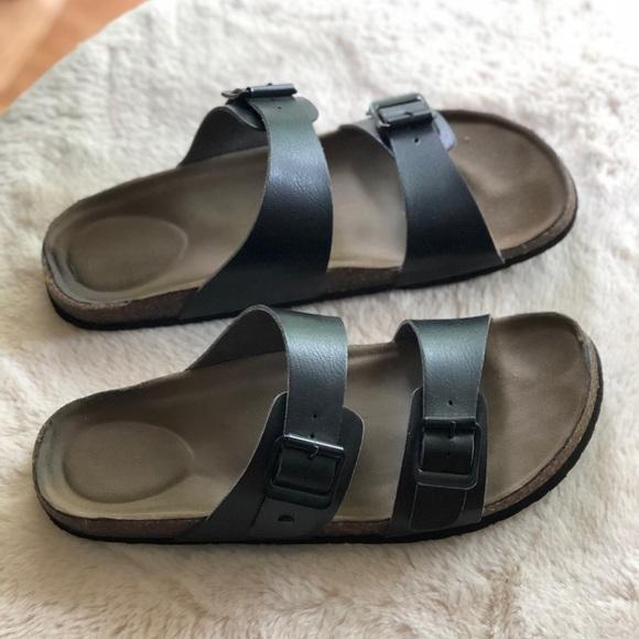 df643a17816e Madden Girl Shoes - Madden girl Brando footbed sandal size 9